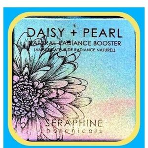 Daisy + Pearl radiance booster NWT